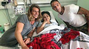 Alberto, Coccia e nonna Pasqualina con i malati di Villa Immacolata