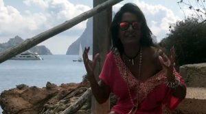 Aida impazzita – adoriamo le sue pugnette(video)