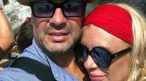 Tina Cipollari bacio in pubblico