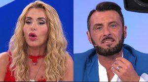 La Marini contro Sossio: non sai coniugare l'italiano(video)