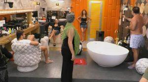 Cecchi Paone offende e minaccia Maria Monse'(Video)