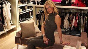 Chiara Ferragni criticata per foto guardaroba