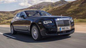 Fabrizio Corona mostra la Rolls Royce nuova(Video)