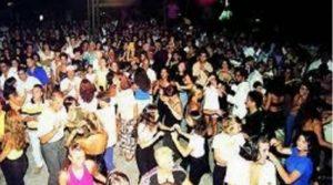Sassari, spray ad una festa, panico totale per 200 diciottenni