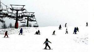 Scontro tra bob su piste di sci, grave bimba di 3 anni