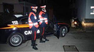 Spara col fucile da caccia ai tecnici dell'Enel: «Credevo fossero dei ladri»