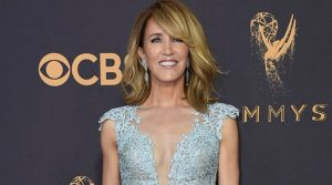 Felicity Huffman in manette:L'attrice di Desperate housewiwes arrestata.