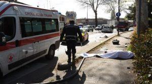 Ubriaca alla guida travolge e uccide 26enne
