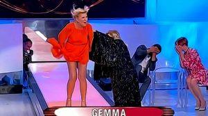 Gemma fa una proposta indecente