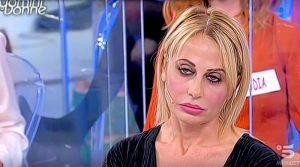 UeD: Alessandra finalmente scarica il piacione